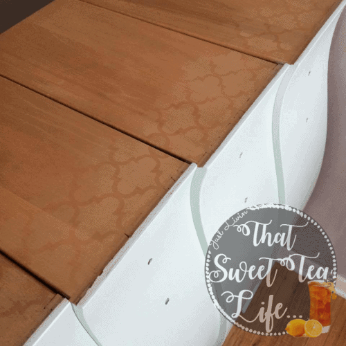 Modern_Masters_Gold-stenciling-Appliques can take a worn out piece and make it new again! #thatsweettealife #furnitureappliques #furniturepainter #paintedfurniture #furnituremakeover