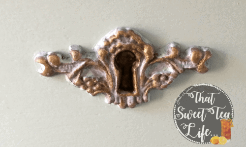 Appliques can take a worn out piece and make it new again! #thatsweettealife #furnitureappliques #furniturepainter #paintedfurniture #furnituremakeover