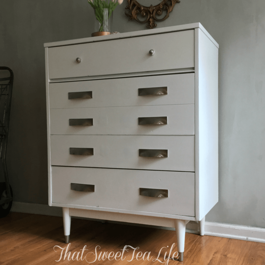 paint furniture white
