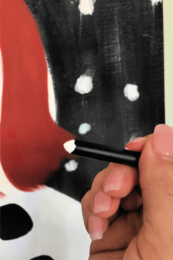 paint brush end for snowman painting details