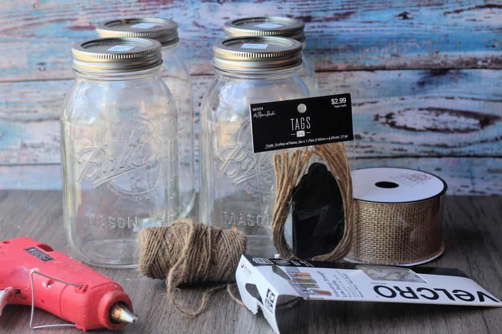 DIY Gift Ideas- Adorable Mason Jars