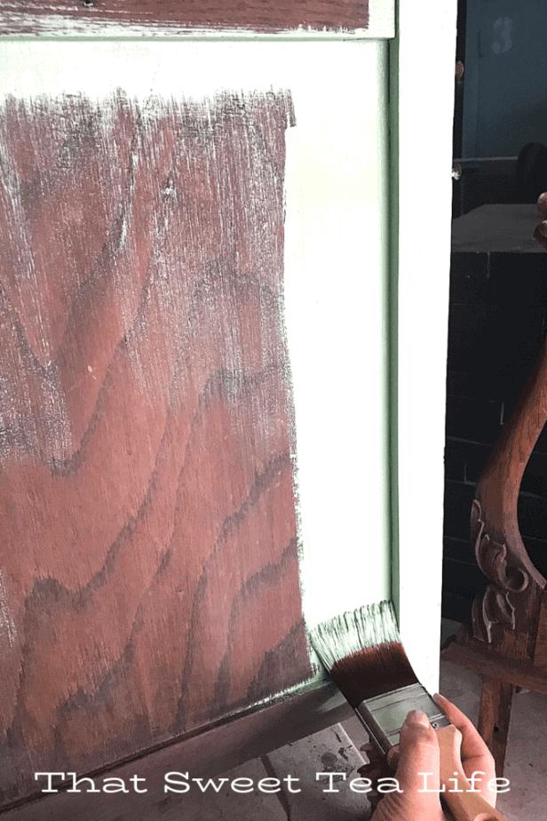 Dixie Belle Paint | Painting an antique wash Stand Makeover Dixie Belle Mint Julep  | Antique Wash Stand Makeover | furniture makeover | painted furniture | chalk painted furniture | green furniture | refurbished furniture | home decor | home decor ideas | painted dressers