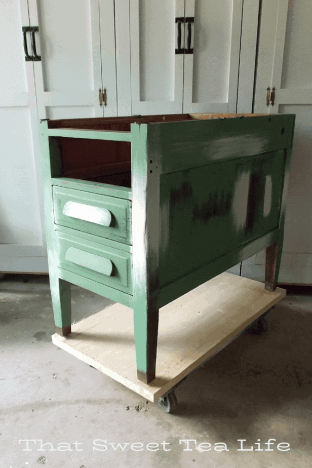 Dixie Belle paint in market green, aged ivory