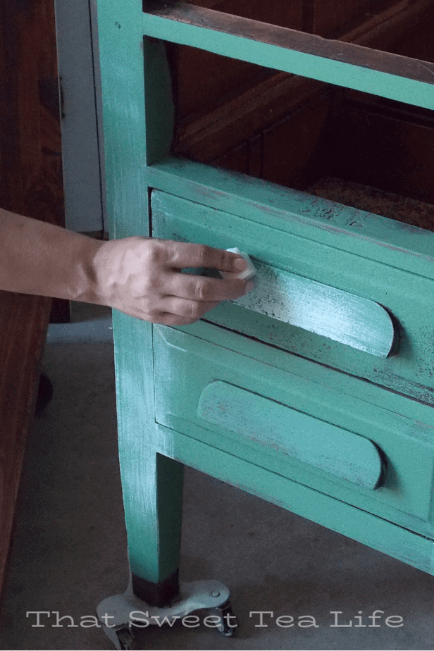 rubbing wax for chippy paint