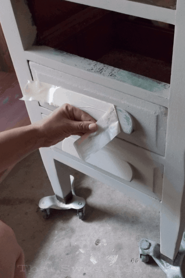 Using tape for chippy paint