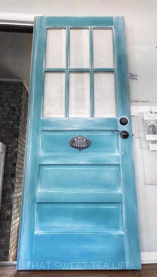 Antique Turquoise and Bright White