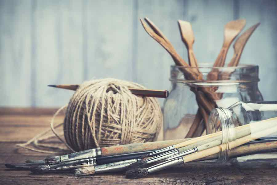 The Complete Guide To Selling Crafts Online