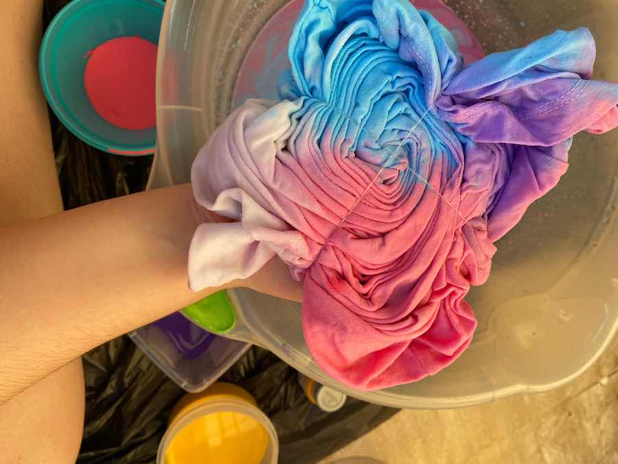 Making a Tie Dye T Shirt