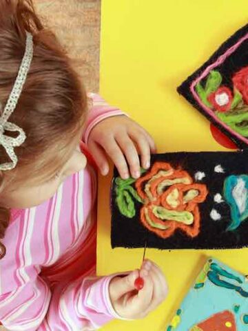 13 Easy Yarn Crafts For Kids