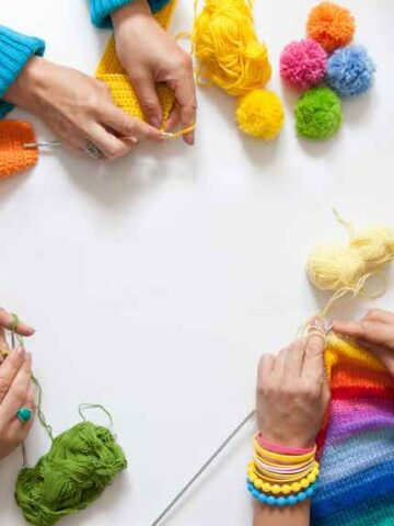21 Fun Yarn Crafts That Anyone Can Do