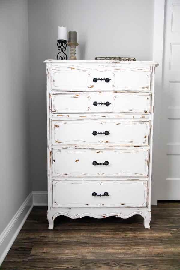 White Shabby Chic Farmhouse Dresser