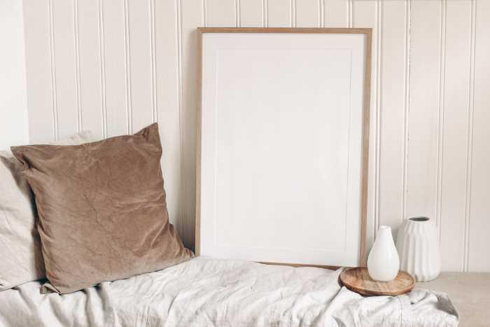 beadboard white wallpaper