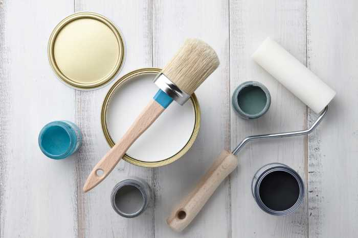 Chalk paint, wax, brush, and rollers all ready to be used.