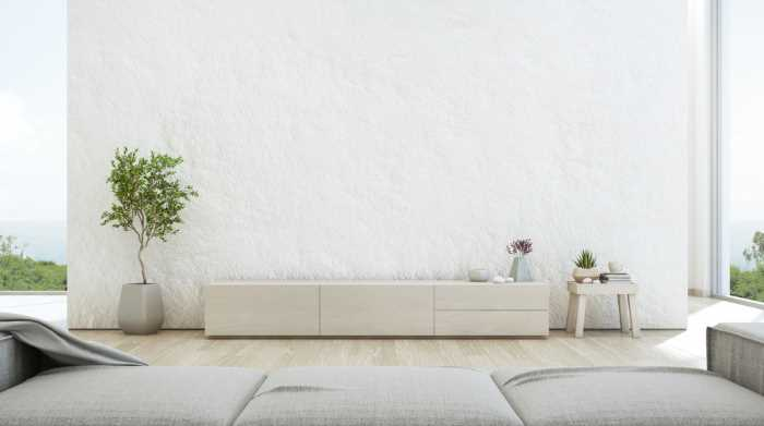 White divider wall in a textured look